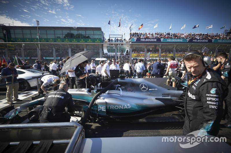 The car of Lewis Hamilton, Mercedes AMG F1 W08, on the grid