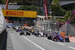 Départ : Carlos Sainz Jr., Scuderia Toro Rosso STR12
