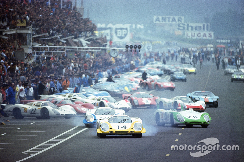The last 'true' Le Mans start: Drivers had sprinted to their cars with Rolf Stommelen, Porsche 917, in the lead, followed by Vic Elford's and Jo Siffert's Porsche