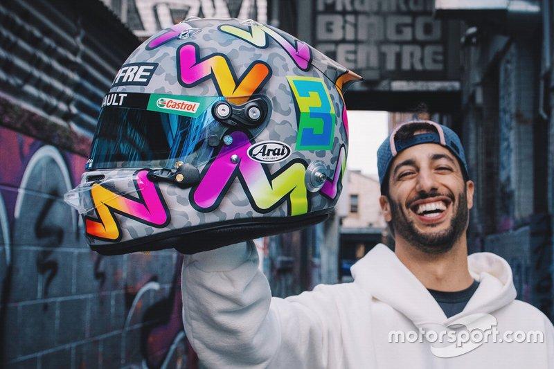 Daniel Ricciardo helmet unveil