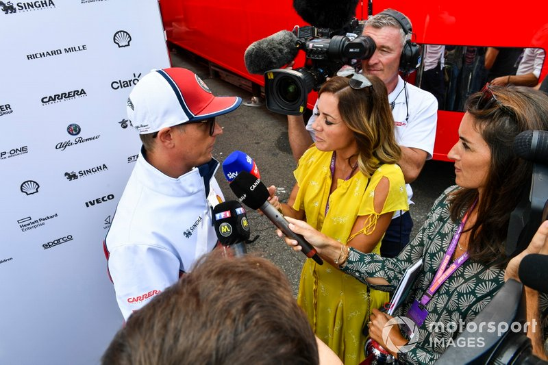 Kimi Raikkonen, Alfa Romeo Racing, talks to Natalie Pinkham