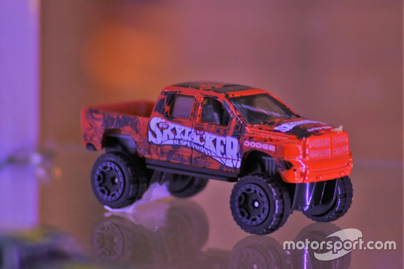 Diecast Ram 1500 Hot Wheels