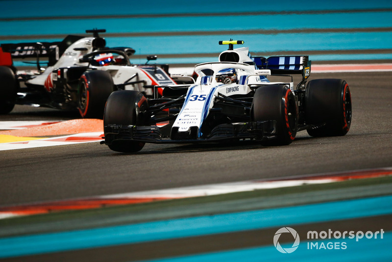 Sergey Sirotkin, Williams FW41 y Romain Grosjean, Haas F1 Team VF-18