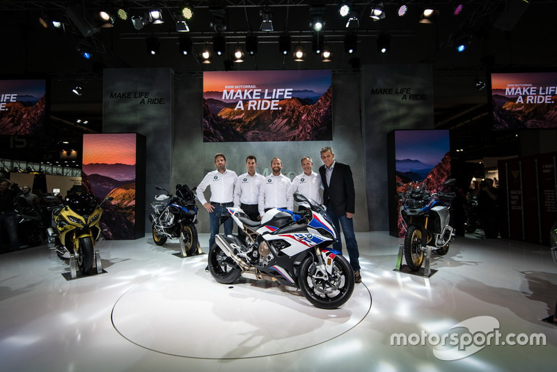 Marc Bongers, BMW Motorrad Motorsport Director, Markus Reiterberger, Tom Sykes, Shaun Muir, Team prinicpal, Dr. Markus Schramm, Head of BMW Motorrad