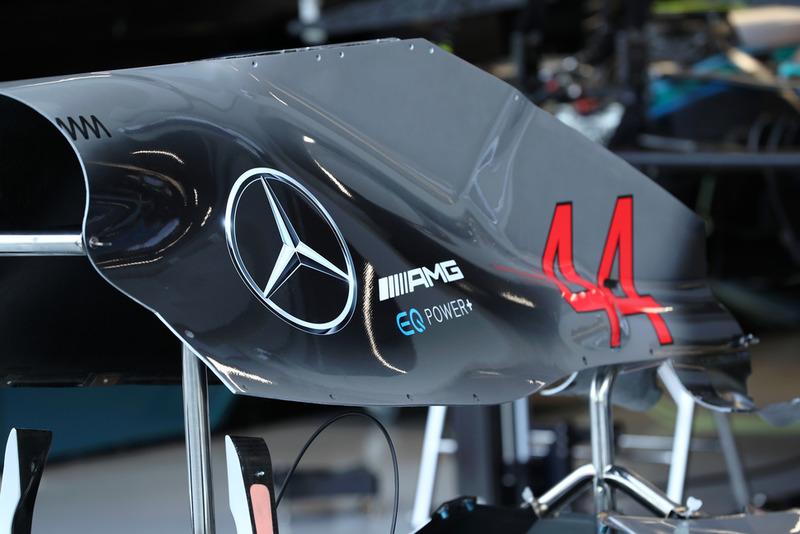 Un capot moteur de Mercedes AMG F1 W09