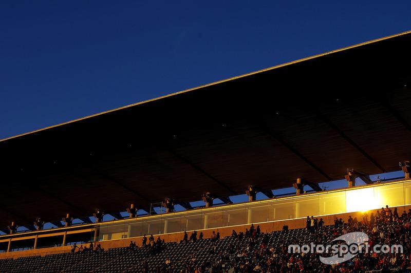 Streckenatmosphäre mit Fans