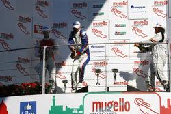 Gara 1, Podio TCR: il secondo classificato Alberto Viberti, Seat Leon Racer S.G.-TCR, il vincitore Roberto Colciago, Honda Civic TCR 2015-TCR, il terzo classificato Enrico Bettera, Seat Leon SEQ.-TCR