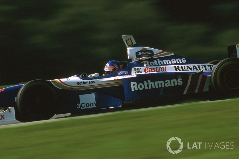 24. Jacques Villeneuve: 101 GPs (61,96% dos disputados)