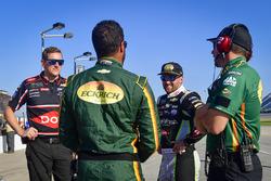 Darrell Wallace Jr., Richard Petty Motorsports, Chevrolet Camaro Jewel-Osco, Austin Dillon, Richard Childress Racing, Chevrolet Camaro Dow Intellifresh
