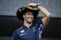 Даніель Ріккардо, Red Bull Racing, на сцені Ф1