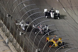 Will Power, Team Penske Chevrolet, Zachary Claman De Melo, Dale Coyne Racing Honda, crash