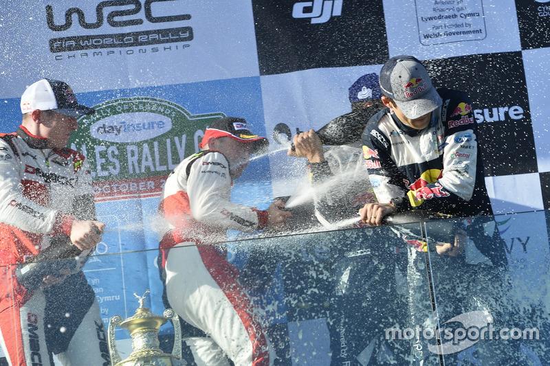 Champagne en el Podium, Sébastien Ogier, Julien Ingrassia, Ford Fiesta WRC, M-Sport, Elfyn Evans, Daniel Barritt, Ford Fiesta WRC, M-Sport