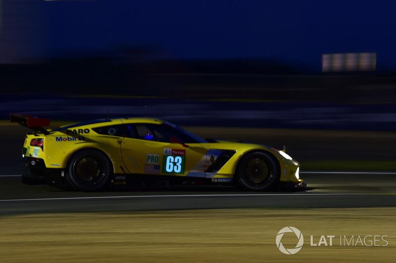 39: #63 Corvette Racing Chevrolet Corvette C7.R: Jan Magnussen, Antonio Garcia, Mike Rockenfeller, 3'50.242
