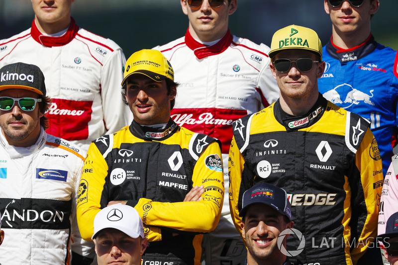 F1 drivers photo call