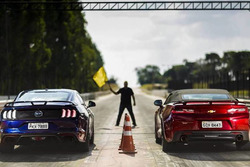 Comparativo Ford Mustang GT x Chevrolet Camaro SS