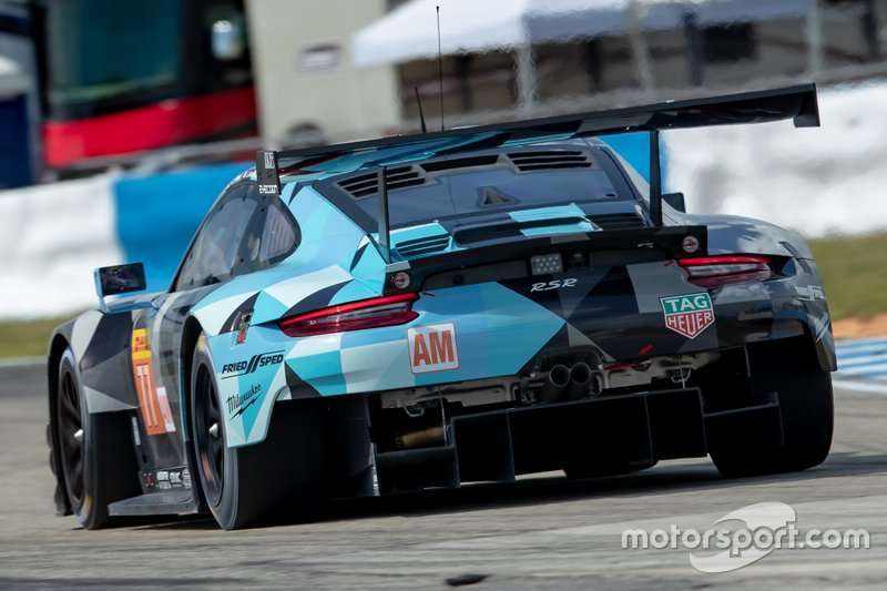 #77 Dempsey Proton Competition Porsche 911 RSR: Julien Andlauer, Matt Campbell, Christian Ried