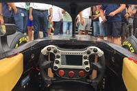 مقصور قيادة سيارة الفورمولا 2