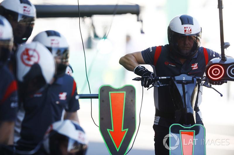 Boxenmannschaft, Haas F1 Team