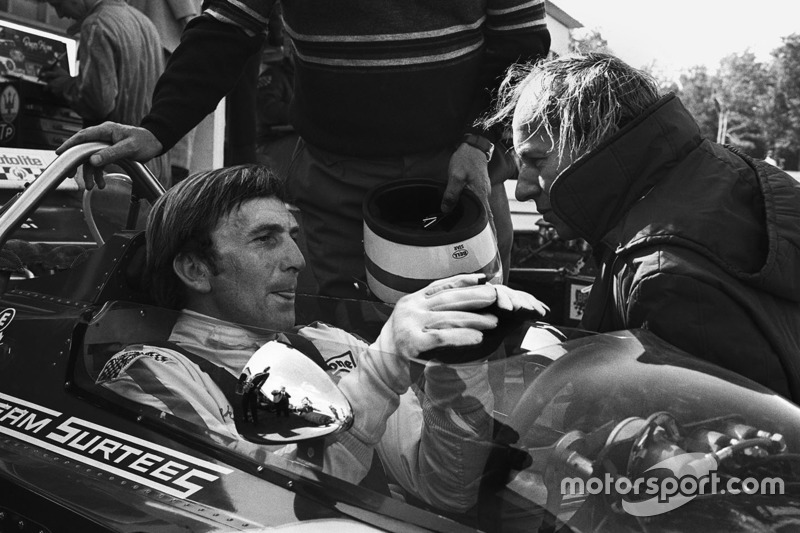 Derek Bell, Surtees TS7-Ford ve takım patronu John Surtees
