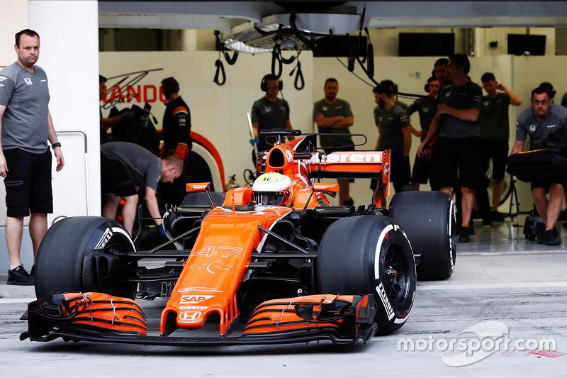 Oliver Turvey, McLaren MCL32
