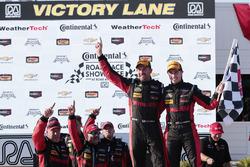 Переможці #31 Action Express Racing Corvette DP: Ерік Курран, Дейн Камерон