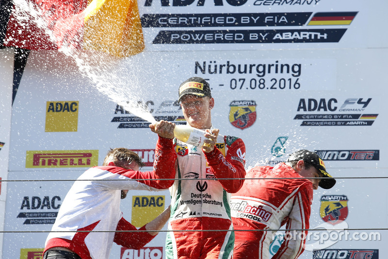 Podio: Mick Schumacher, Prema Powerteam
