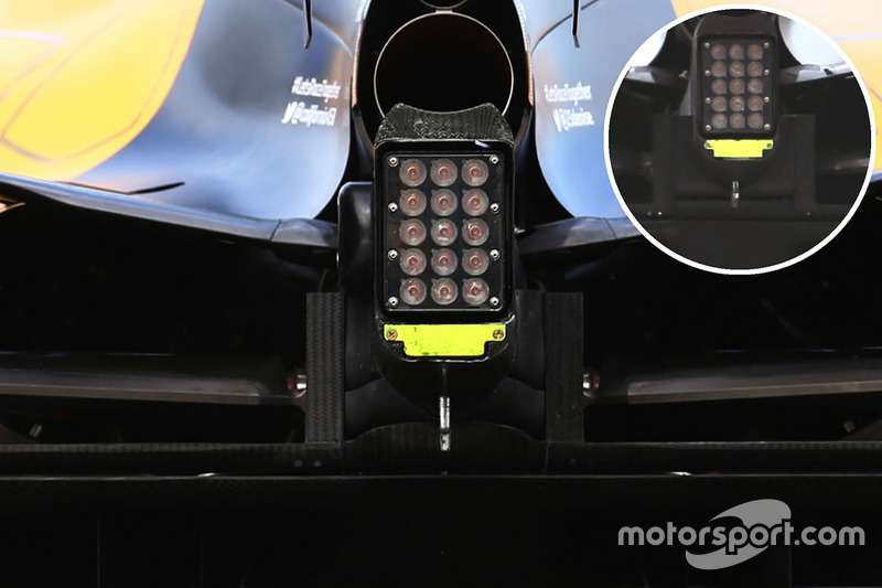 Renault Sport F1 Team RS16 crash structure winglet detail