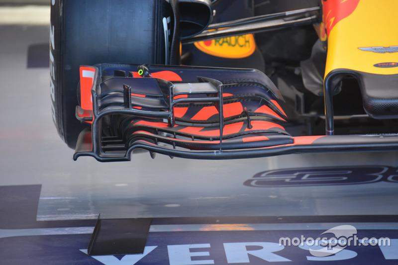Red Bull Racing RB, la vecchia versione dell'ala anteriore