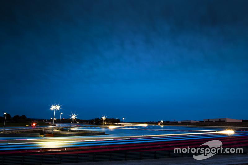 Atmosphäre in der Nacht