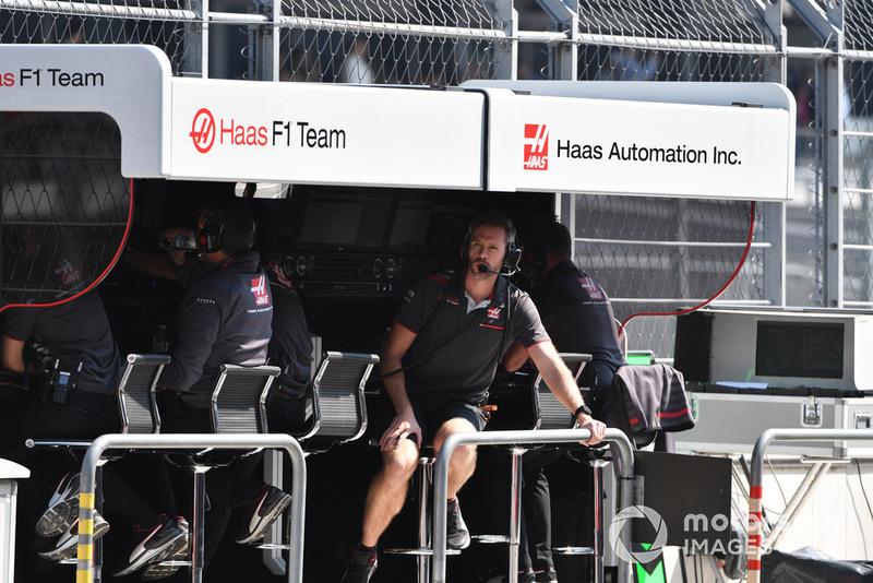 Muretto box Haas F1