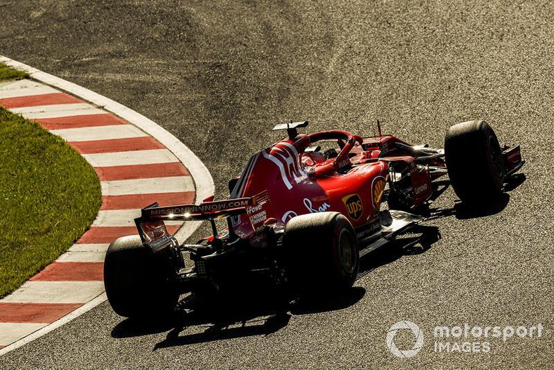 Vettel en hızlı turu attı