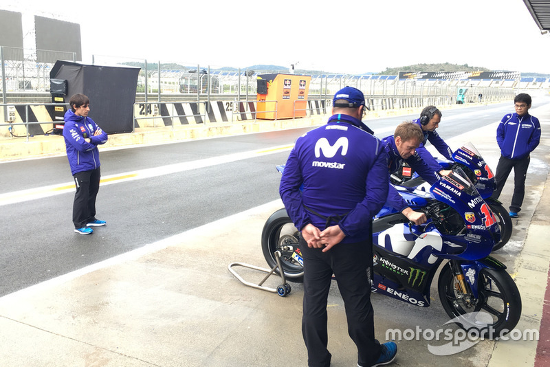 Julian Simon, new coach Maverick Viñales Yamaha MotoGP at Valencia Circuit