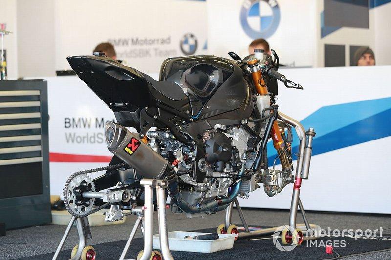 La moto di Tom Sykes, BMW Motorrad WorldSBK Team