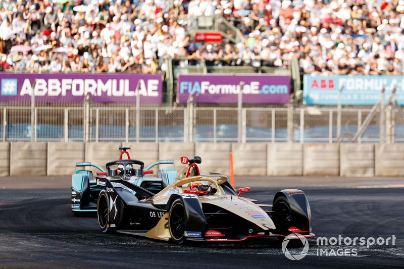 Jean-Eric Vergne, DS TECHEETAH, DS E-Tense FE19 devant Mitch Evans, Panasonic Jaguar Racing, Jaguar I-Type 3