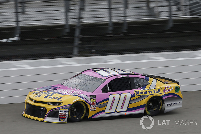 31. Landon Cassill, StarCom Racing, Chevrolet Camaro Mane n Tail