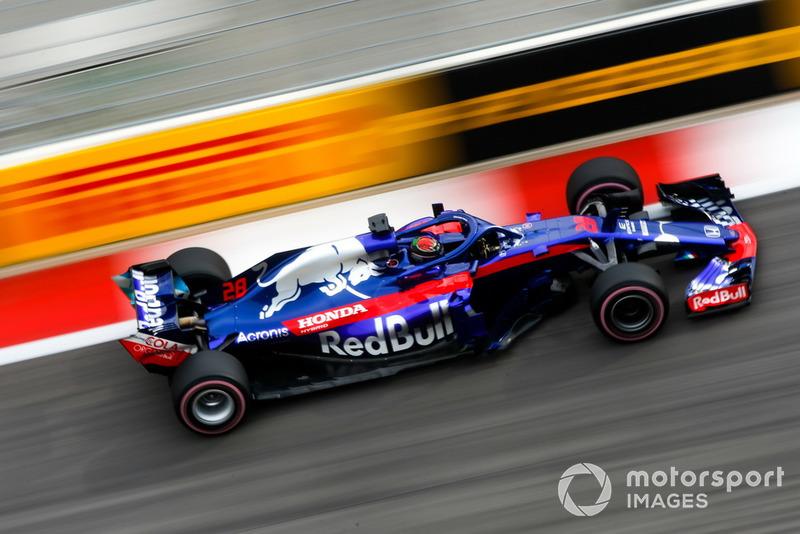 20: Brendon Hartley, Toro Rosso STR13, 1'35.037
