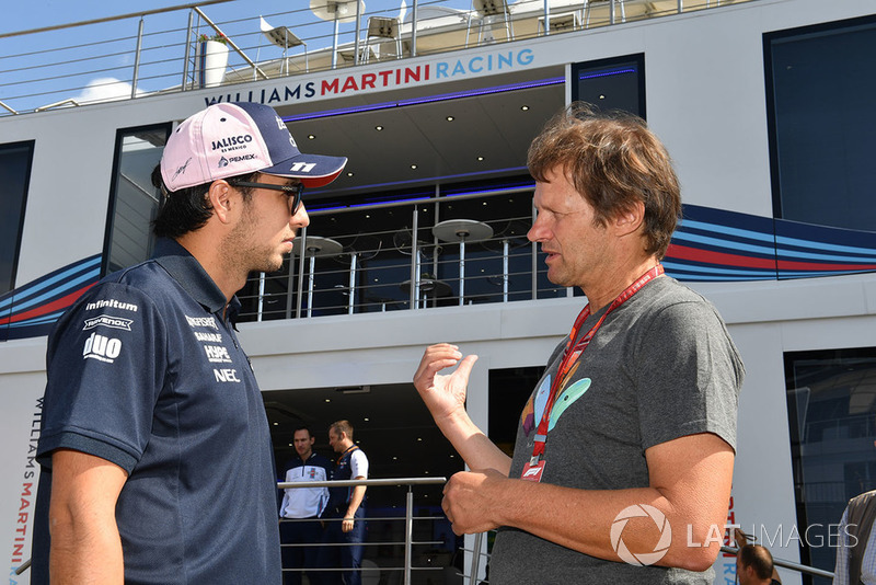 Sergio Perez, Force India y Michael Schmidt, periodista