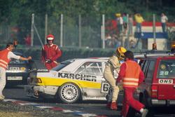 Startkollision zwischen Michael Schumacher und Johnny Cecotto, Unfallauto Kaercher-AMG Mercedes 190E 2.5-16 Evo II und Frank Biela