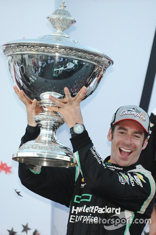 2016 Champion Simon Pagenaud, Team Penske Chevrolet celebrates