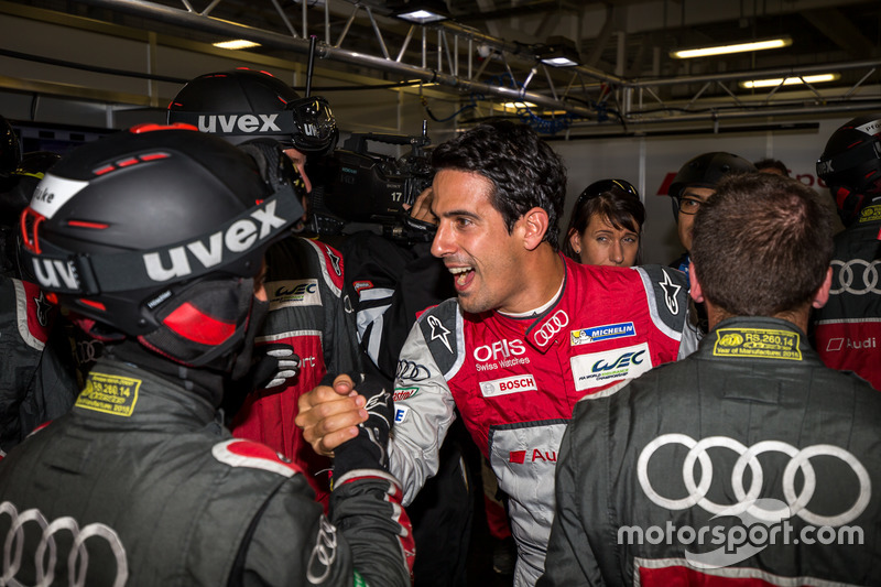 Pole for the #8 Audi Sport Team Joest Audi R18 e-tron quattro: Lucas di Grassi, Loic Duval, Oliver Jarvis