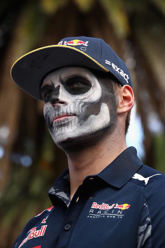 Max Verstappen, Red Bull Racing mit Dia de Muertos - Gesichtsfarbe
