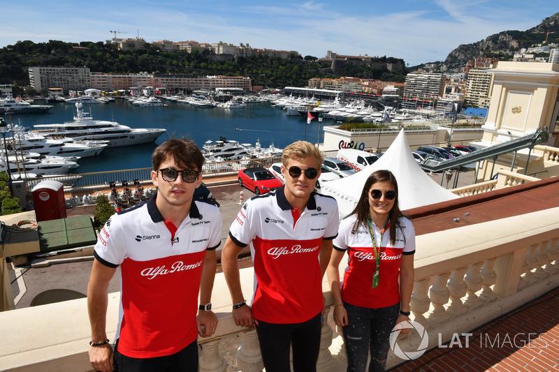 Charles Leclerc, Sauber, Marcus Ericsson, Sauber e Tatiana Calderon, tester Sauber