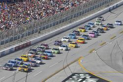 Kasey Kahne, Hendrick Motorsports Chevrolet and Matt Kenseth, Joe Gibbs Racing Toyota