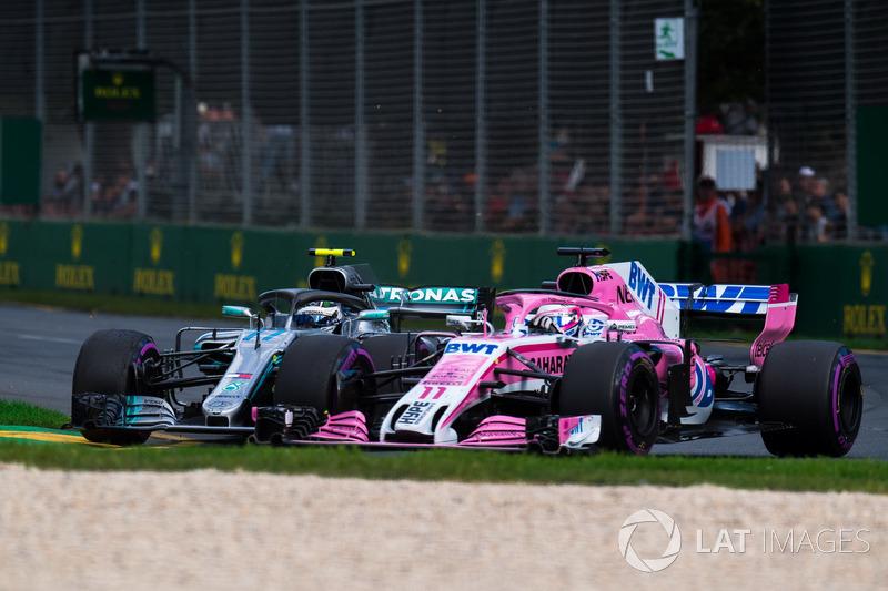 Valtteri Bottas, Mercedes-AMG F1 W09 EQ Power+ y Sergio Pérez, Force India