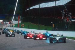 Ralf Schumacher, Williams FW23 BMW, Michael Schumacher, Ferrari F2001, Rubens Barrichello, Ferrari F