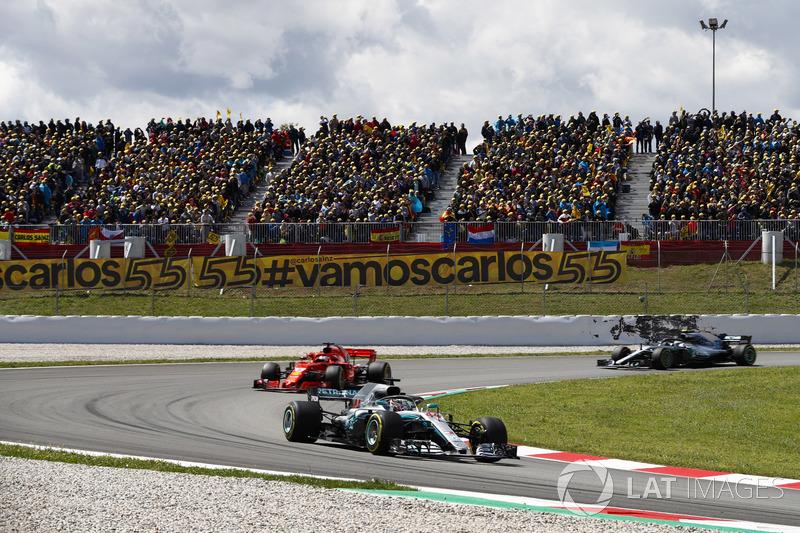 Lewis Hamilton, Mercedes AMG F1 W09, Sebastian Vettel, Ferrari SF71H e Valtteri Bottas, Mercedes AMG F1 W09