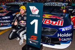 Winner Shane van Gisbergen, Triple Eight Race Engineering Holden