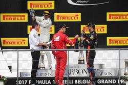 Podium: Andrew Shovlin, Chief Race Engineer, Mercedes AMG F1, Race winner Lewis Hamilton, Mercedes AMG F1, second place Sebastian Vettel, Ferrari, third palce Daniel Ricciardo, Red Bull Racing