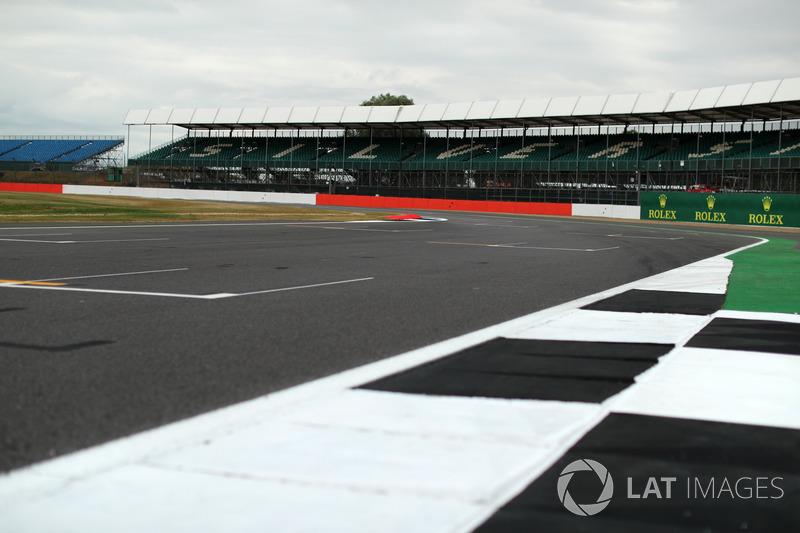 «Сильверстоун» принял уже 51 Гран При Великобритании