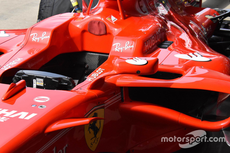 Rétroviseur de la Ferrari SF70H de Kimi Raikkonen